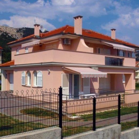 Obiteljska kuća - Baška Krk